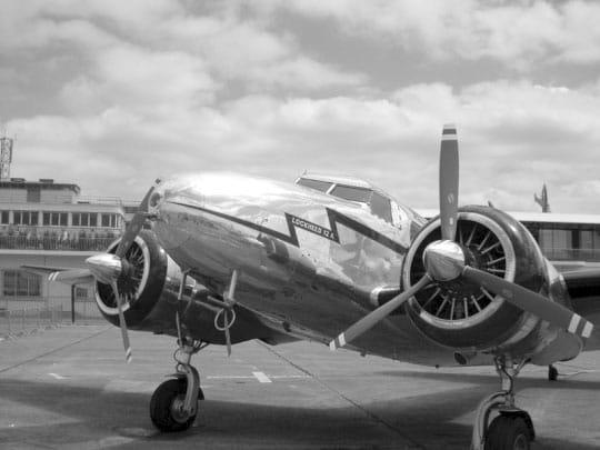 Anciens Avions Lockehed-electra-bis-285945
