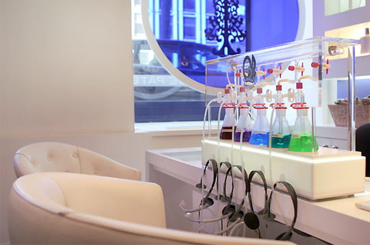 l 39 oxybar premier bar oxyg ne de la capitale linternaute. Black Bedroom Furniture Sets. Home Design Ideas