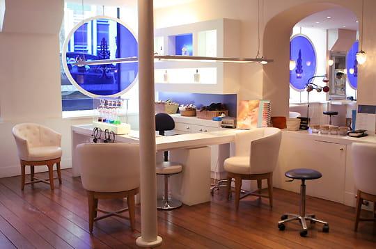 ouvert tous l 39 oxybar premier bar oxyg ne de la capitale linternaute. Black Bedroom Furniture Sets. Home Design Ideas