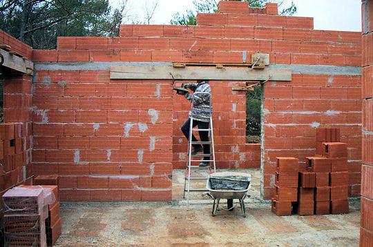 Les linteaux des ouvertures - Maison en brique monomur ...
