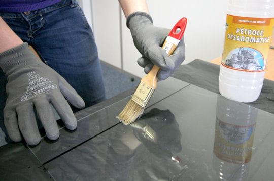 d graisser le support couper du verre linternaute. Black Bedroom Furniture Sets. Home Design Ideas