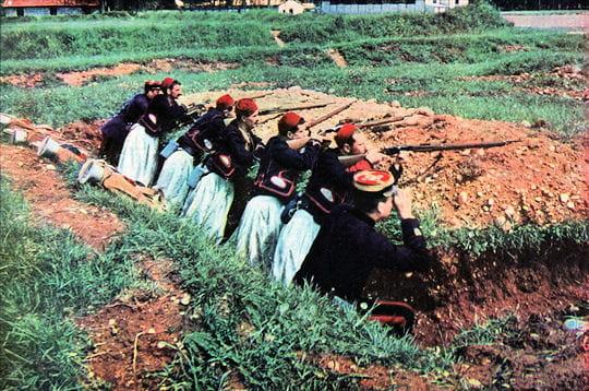les zouaves ont été parmi les premiers hommes venus d'afrique du nord à
