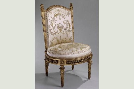 le trianon a été offert par louis xvi à marie-antoinette en 1774. la reine y