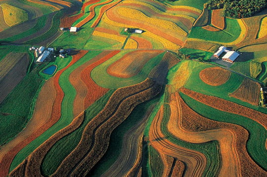http://www.linternaute.com/voyage/amerique-du-nord/photo/l-amerique-vue-du-ciel/image/ferme-blanche-301961.jpg