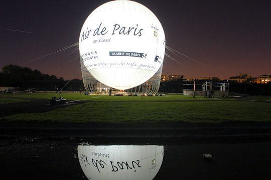 un ballon cologique un ballon pour mesurer la qualit de l 39 air de paris linternaute. Black Bedroom Furniture Sets. Home Design Ideas