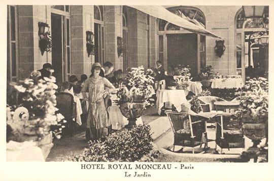 le royal monceau, qui a ouvert en 1928, a accueilli des dizaines de stars et de