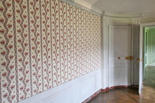 chambre de la dame d 39 honneur r ouverture du petit. Black Bedroom Furniture Sets. Home Design Ideas