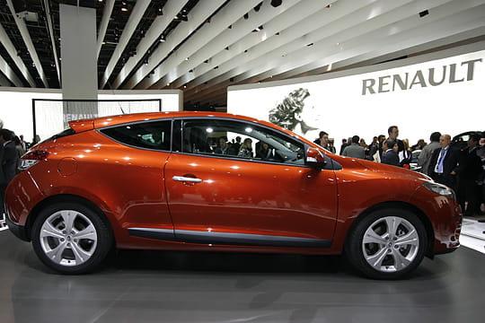 (Recherche) JAntes Alu 17'' Renault-megane-3-coupe-323850