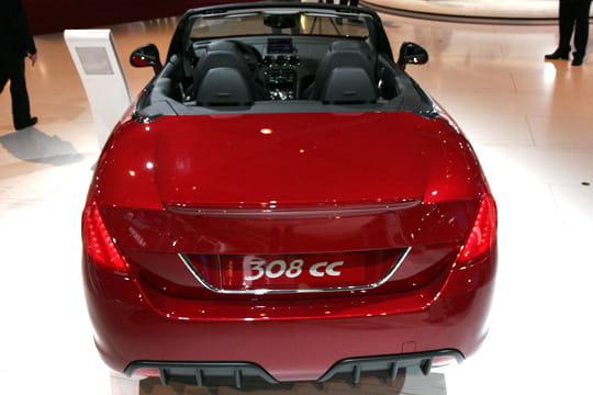 plus longue que la 308 mondial de l 39 auto 2008 peugeot 308 cc linternaute. Black Bedroom Furniture Sets. Home Design Ideas