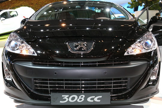 motorisations mondial de l 39 auto 2008 peugeot 308 cc linternaute. Black Bedroom Furniture Sets. Home Design Ideas