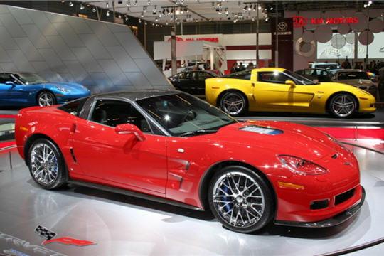corvette zr1 les voitures du mondial plus de 100 000 euros linternaute. Black Bedroom Furniture Sets. Home Design Ideas