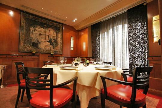 Un restaurant appartement michel rostang 30 ans de for Restaurant michel rostang