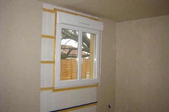 pose des plaques de pl tre sur les murs la maison. Black Bedroom Furniture Sets. Home Design Ideas