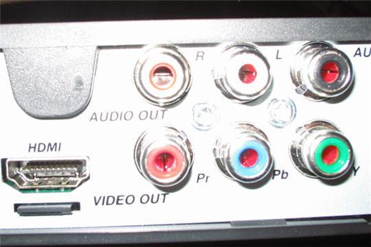 La connectique reportage l 39 installation de la fibre optique domicil - L installation de la fibre optique ...