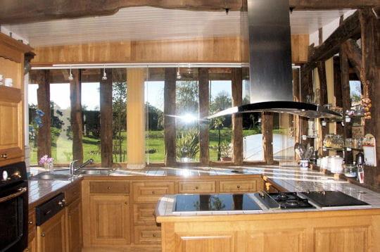 la cuisine apr s comment jean fran ois a r nov une grange landaise linternaute. Black Bedroom Furniture Sets. Home Design Ideas