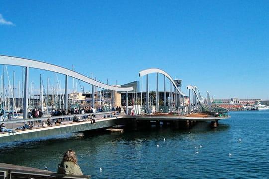 Le vieux port de barcelone barcelone berceau de la culture catalane linternaute - Port de plaisance barcelone ...