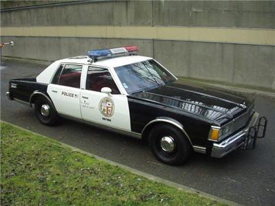 louer une voiture de la police am ricaine louer un v hicule hors du commun linternaute. Black Bedroom Furniture Sets. Home Design Ideas