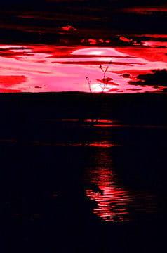Coucher de soleil rougeoyant la nature abstraite linternaute - Heure coucher soleil nantes ...