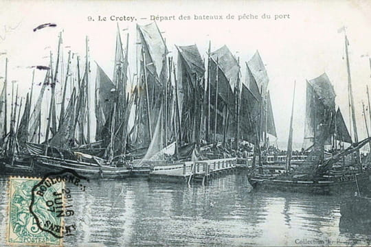 Départ des bateaux de pêche
