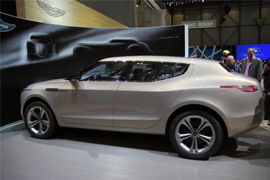 les lagonda des automobiles sportives 4 portes 4 places. Black Bedroom Furniture Sets. Home Design Ideas