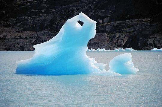 de petits morceaux de glace le perito moreno linternaute