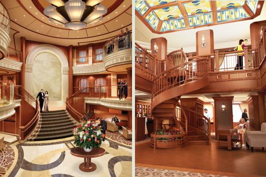 le grand hall et la bibliothèque