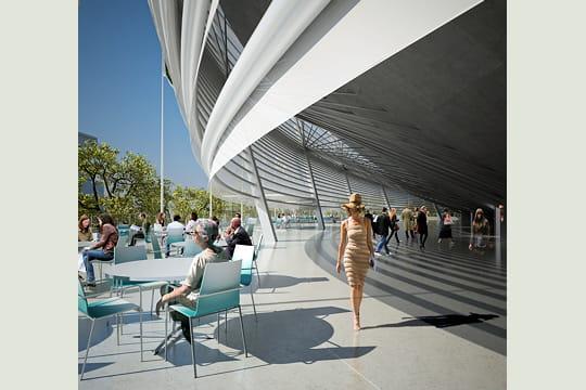 l'extension de Roland-Garros Restaurant-deambulatoire-429204