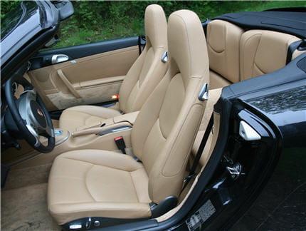 des si ges confort offrant une position de conduite parfaite essai de la porsche 911 4s. Black Bedroom Furniture Sets. Home Design Ideas