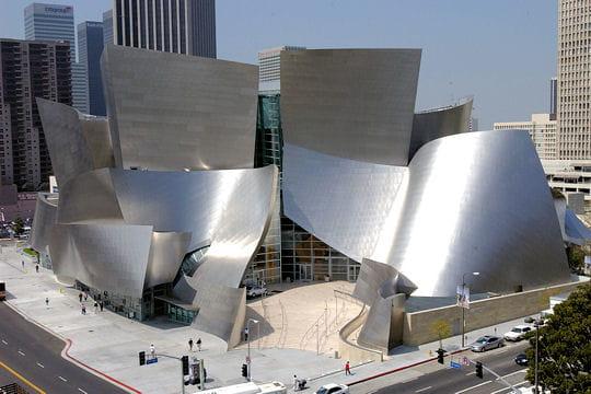 B timents les plus tranges for Architecture utopiste