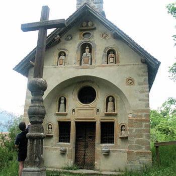 la chapelle saint-grégoire est une attraction touristique de la vallée du