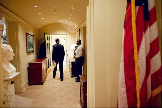 Le corridor du bureau ovale visite de la maison blanche linternaute for Bureau ovale