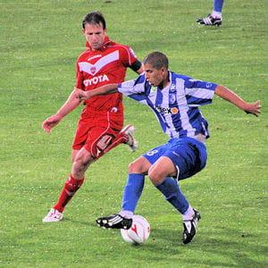 http://www.linternaute.com/sport/foot/dossier/les-revelations-2008-2009/image/sofiane-feghouli-a-grenoble-433968.jpg