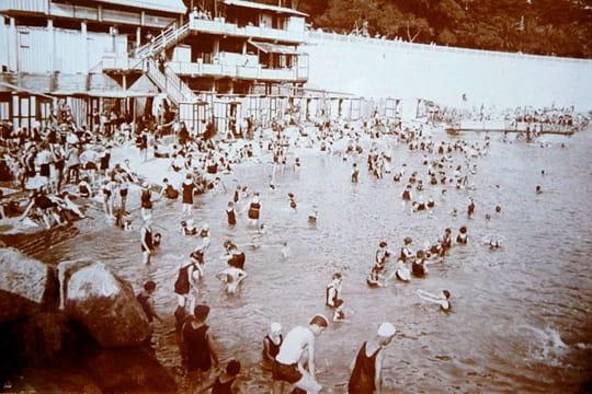 bains-mer-a-nice-446421