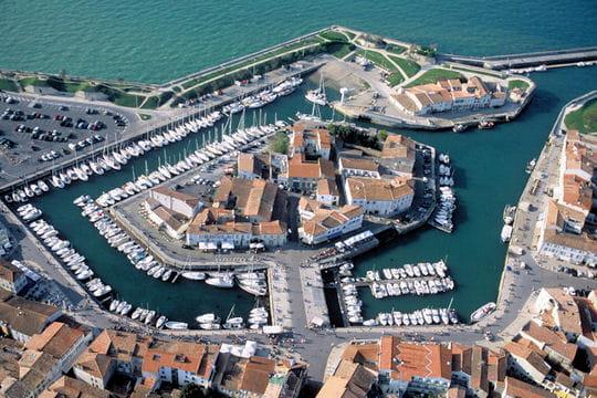 Le Port De Saint Martin De R L 39 Le De R Photographi E