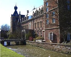 http://www.linternaute.com/savoir/magazine/dossier/les-15-destinations-erasmus-preferees-des-francais/image/l-universite-louvain-belgique-46560.jpg