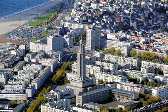 La ville recontruite du havre incroyables sites unesco for Piscine le havre