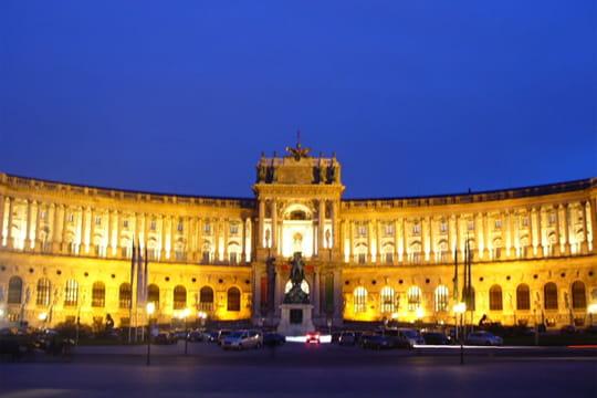Palais de hofburg autriche les plus beaux palais du - Les plus beaux plafonds du monde ...
