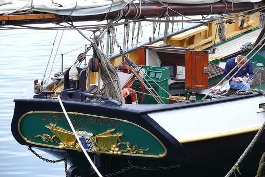 La mer 20 bateaux qu 39 il faut avoir vus dans sa vie frawsy for Piscine recouvrance