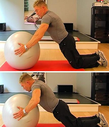 10 تمارين لتقوية عضلات الصدر Swiss-ball-est-accessoire-a-reserver-aux-plus-muscles-499600