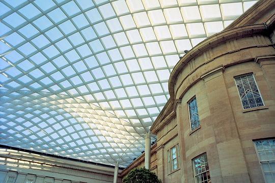Quadrillage de verre les bijoux de l 39 architecture Architecture en verre