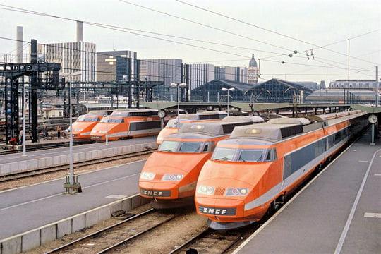 premier-tgv-1981-501330.jpg