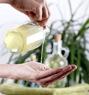 huiles essentielles 3 massages rapides pour passer un bon week end info bien tre. Black Bedroom Furniture Sets. Home Design Ideas