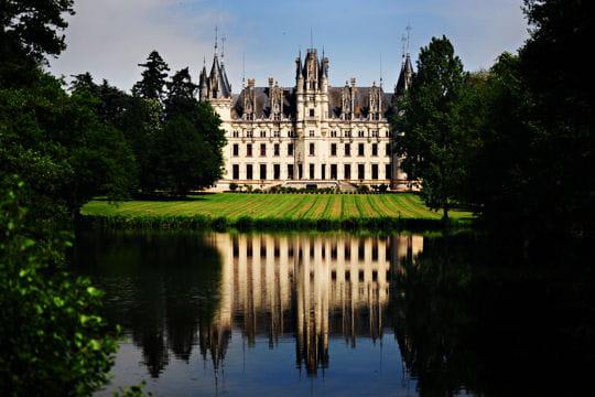 Châteaux .... - Page 2 Chateau-challain-la-potherie-504467