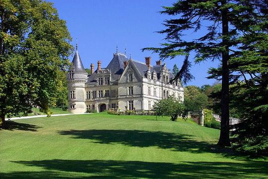 Châteaux .... Chateau-bourdaisiere-504556
