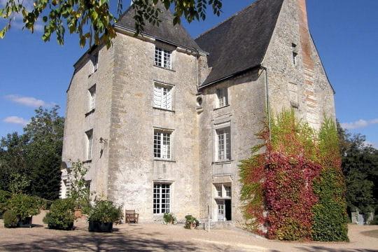 Châteaux .... Chateau-sache-504788