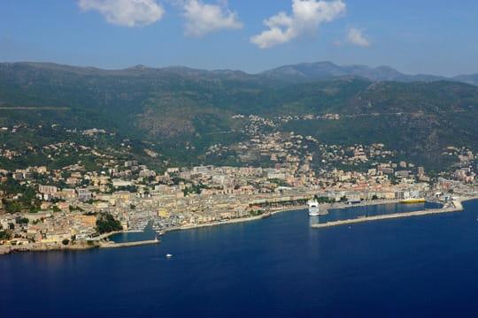 La ville de bastia la corse vue du ciel linternaute - Nice bastia bateau ...