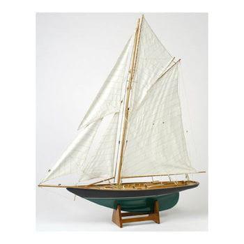 10 maquettes de bateaux et objets de d coration marine l. Black Bedroom Furniture Sets. Home Design Ideas