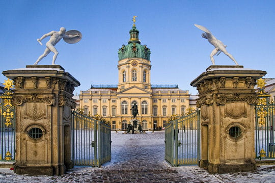 villes sous la neige 45-villes-sublimees-par-l-hiver-521078