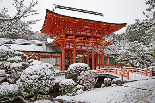 villes sous la neige Sanctuaire-sous-neige-521482