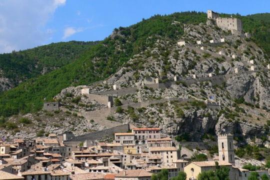 Voyager en images en reprise les plus beaux villages - Les plus beau village du var ...